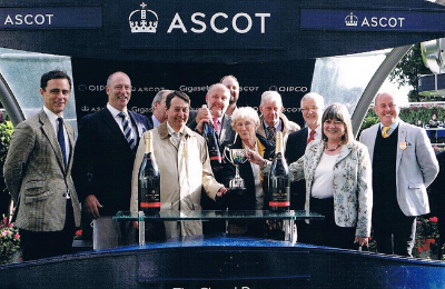 Ice Lord's Hintlesham Racing owners and trainer mingle with Chapel Down sponsors
